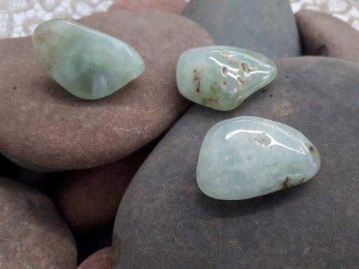 אבן חן פריהנייט