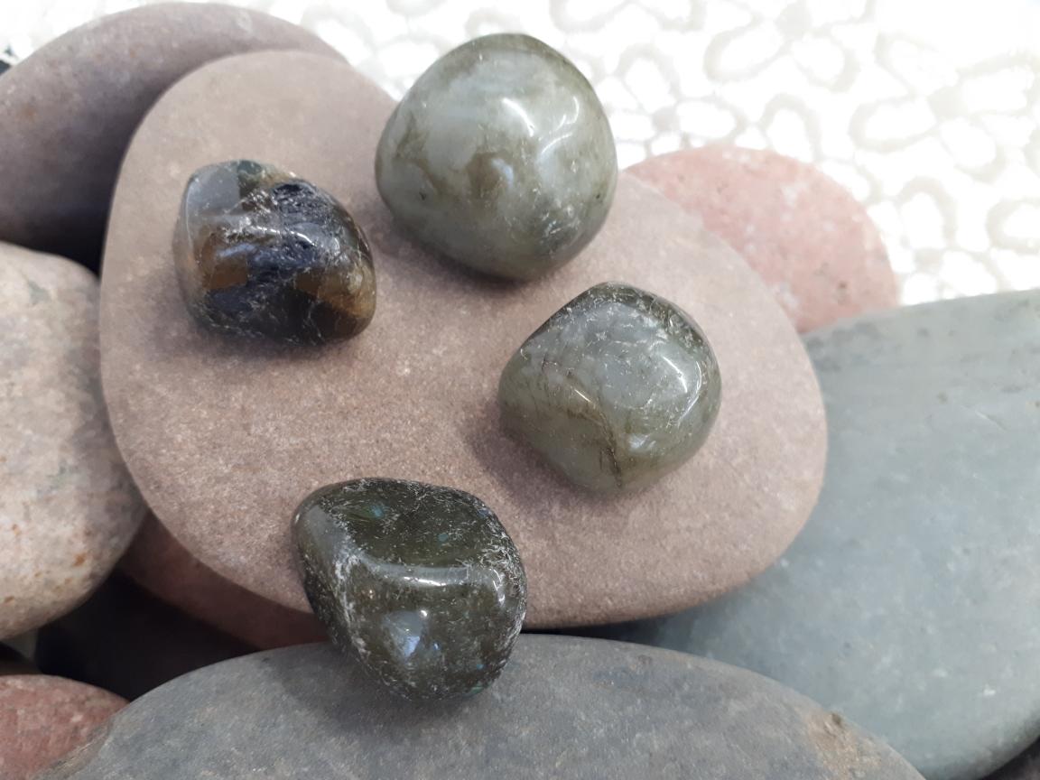 אבן חן לברדורייט