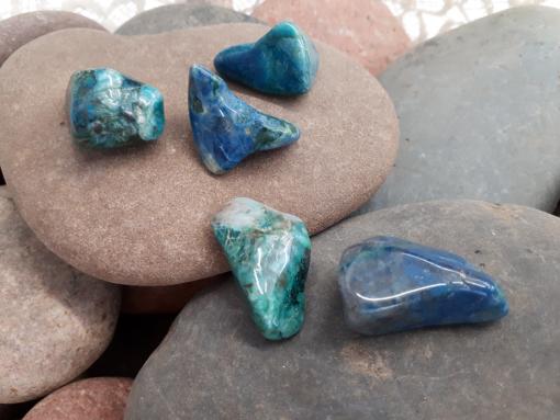 אבן חן קריסוקולה