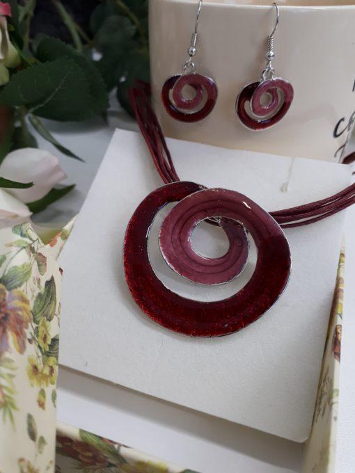 עגילי ספירלה אדומים