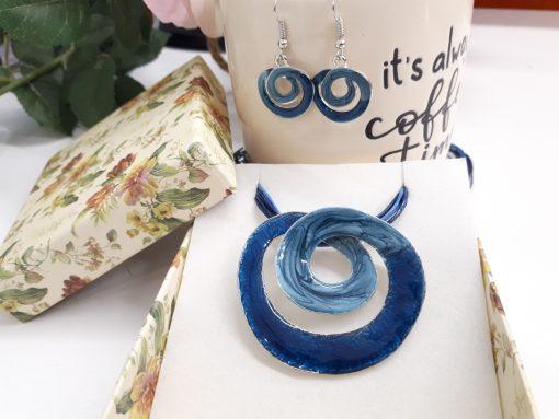 עגילי ספירלה בצבע כחול