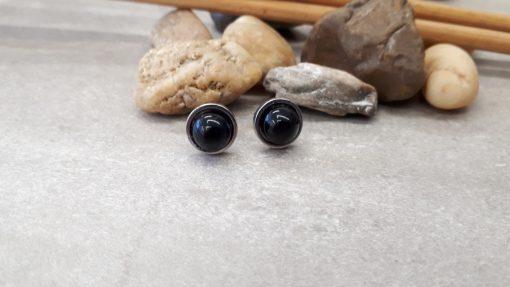 עגילי טורמלין שחורים בצורת עיגול לחיזוק יכולות תקשור